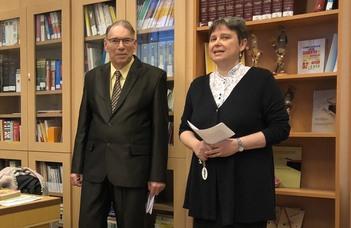 Nagylelkű alumnus lepte meg a Spanyol Tanszéket