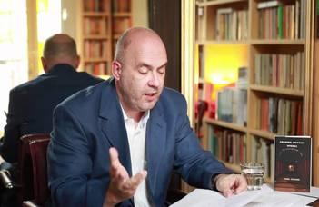 Az Anglisztika Tanszék vendége Tibor Fischer, magyar származású brit író.