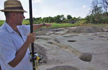 Három évezredet felölelő leletanyag került elő a pusztaszabolcsi földből (feol.hu)