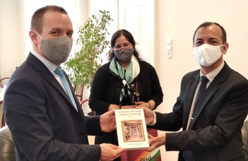 A Bölcsészettudományi Karra látogatott az Indiai Köztársaság nagykövete