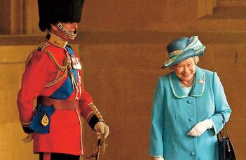 Fülöp herceg és a monarchia (Nők Lapja)