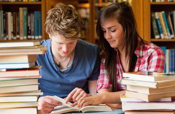 ENGLISH STUDIES AND ENGLISH LANGUAGE TEACHING