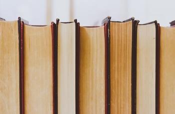 """A Hagyomány és újítás az irodalomban"""" kutatócsoport konferenciája."""