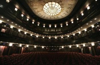 A BTK Hallgatói Önkormányzata idén is kedvezményes jegyekkel várja a színház iránt érdeklődőket.